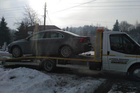 Holowanie samochodu Cisna